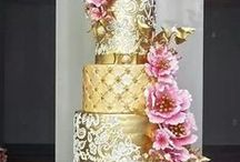~wedding cakes~ / beautiful cakes....and i love the taste of the butter frosting... / by Jeanne Keithley Cateron
