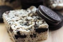 Oreo Cookie Recipes Get in My Belly! / I have a slight obsession with Oreos. I love them and can't stop! These Oreo cookie recipes and other Oreo desert recipes are all deliciously tempting! Any Oreo lover will NEED to make them! / by Danielle Leonard - The Frugal Navy Wife