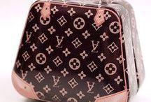 Doll Handbags / Can't afford a 1:1 scale designer handbag? Buy 1:6 scale!!  - Tinyfrockshop.com