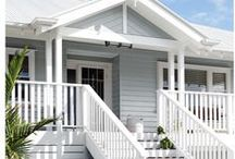 Hamptons Style Houses