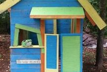 Play houses / Inspiration for building a back yard play house