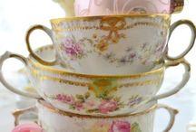 Teacups Teapots Crystal Glass / Teacups , teapots , milk glass , depression glass , jadeite & china