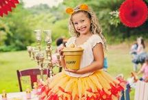Winnie the Pooh - 100 Aker Woods Party Ideas / Winnie the Pooh inspired party shoot