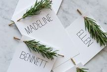 ESCORT CARDS + SEATING CHARTS / Lots of ideas for #escortcards and #placecards for weddings and events