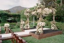 WEDDING CEREMONY BACKDROPS + SEATING / Ideas for #weddingceremony #backdrops and wedding #ceremonyseating