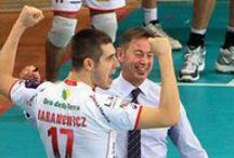 """Volley / """"Ammiro la pallavolo perchè è lo sport che fa più squadra degli altri, andrebbe valorizzato di più"""" [Gianni Petrucci]. Tutti i nostri articoli sul volley sono su: http://www.bloglive.it/sport/volley"""