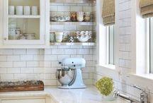 Kitchen / by Aimee Liggett McCabe