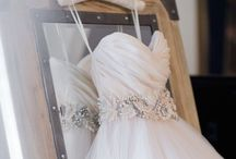 Wedding stuff / I dream about that perfect day...  / by Paola Toledo