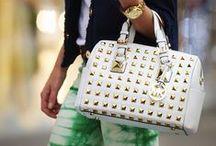 Fashion: Bags/Purses/Wallets