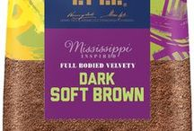 Mississippi inspired Dark Soft Brown Sugar / Our Mississippi journey reflects the sugar cane farming tradition of the Deep South. Inspired by the greatest brown sugars  that help create the rich, sweet and big tastes of soulful southern cooking, Dark Soft Brown sugar has a toasted, malty flavour with a hint of savouriness and a moist texture that melts easily.   Full Bodied Velvet, Flavour Strength 5  To discover more recipes visit tasteandsmile.com