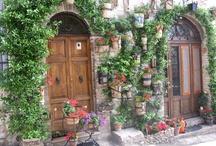 Italian Style: Balconies, Doors, Rooftops, and Windows / by Diane Ellen
