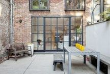 Patio / Terrasses / Terrasses sur les toits, petits balcons, terrasses, patio… un coin de verdure pour citadins. #Courtyard #patio