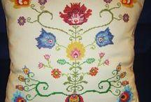 Bordados / Embroidery | punto de cruz/ cross stich