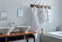 Kids Bathroom / Beautiful bathroom for children, it's time to wash !