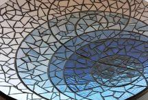 Glass - Mosaic / by Ceci Mtz