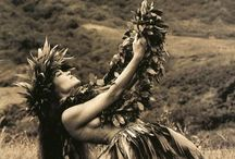 Beloved Polynesia / I love Polynesia and its islands. This is a collection of vintage postcards, landscape, people, and so on.