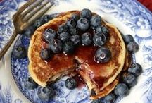 Breakfast / All things breakfast. Recipes to make the first meal of your day amazing.  / by The SITS Girls