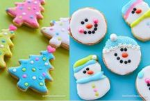 Christmas Cookies And Treats / Cute Christmas cookies that will make your holiday jolly. Plus other fun Christmas treats we are excited to try!