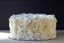 Cake Ideas / For the love of cakes / by Albha Cv