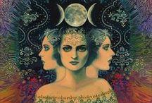 La Luna en mí  / Mujer, Linda, Libre y Loca. Somos Cíclicas, NO Patológicas. / by Gret-xen Rivero