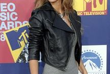 leather jacket looks / cool ways to wear your leather jacket