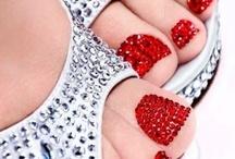Fun Nails / by Rachael Collins