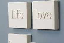 Wall Decor / DIY ways to decorate your walls with style!