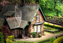Plants: Gardens / I enjoy gardening so here are images that I like of other people's.  Includes any garden buildings.