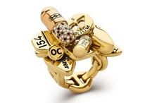 Jewellery / https://www.othercriteria.com/browse/all/jewellery/