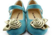 little shoes / by Concha Moreno Gascón