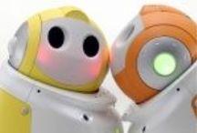 Service robots, Personal robots / Op afstand bestuurbare robots met uitgebreide functies ontwikkelen zich snel. Besturing kan door vaak door je mobiel, computer of afstandbediening van de TV. Vaak worden bestuurbar robots ingezet als service robots voor diverse taken in je persoonlijke omgeving.