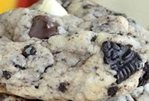Food - C is for Cookie / by Kathleen Russell Ashcraft