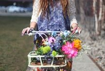 Girls on Bikes / by Bicyclette // Paige Boersma