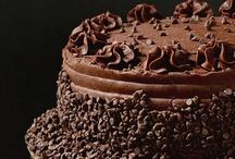 Cakes & Cupcakes / by Debby Jimenez