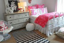 Tween Bedroom / by Sherry Grooms