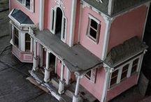 Dollhouses / by Taqué Taqué Inspirandiyme