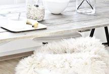 KLEUR   Warm Winter Wit / Styling ID Kleur inspiratie. #wonen #woonideeën #woondecoratie #woonaccessoires #interieur #interieurtips #interieurideeën #interieurinspiratie #interieurdesign #interieurstyling #stylingtips #sfeer #kleur #winter #wit www.styling-id.nl