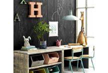 KIDSCORNER   speel/werkplek / Speel of leerruimte voor kids in woonkamer #speelhoek