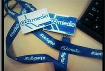 Tazas y lanyards #bedigital / Regalitos para los empleados de QDQ media