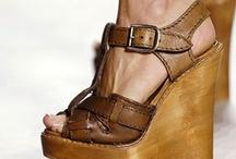 Shoes / by Daria Klotz