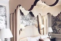Luxury Suites / Relax at London's most elegant address, The Dorchester.