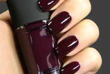 Nails / by Lauren Martinson