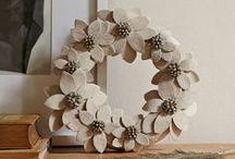 {Wreathes, Garland + Mobiles} / decor | garland | wreathes | wreathe ideas | handmade wreathes | mobiles | DIY garland | handmade mobiles | handmade garland | holiday decoration | decorations | handmade decorations