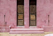 DoorS / Beautiful way in / by Laila De La Cuesta
