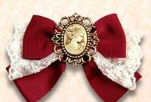 Lolita fashion: bows