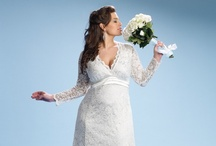 Plus Size Wedding Dresses / Bigger girls are just as (or more) gorgeous on their wedding day. Here's proof!