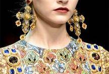 The Splendor of Byzantium / Fashion, Mosaics, and Architecture From A Bygone Era