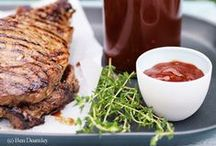 """Heiß auf Grillen / Hier gibt es köstliche Grillrezepte. Ob Fleisch, Fisch oder Gemüse, wir sagen nur """"Ran an den Griller!"""""""