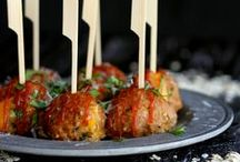 !Appetizer Recipes! / All kinds of appetizers: cheesy, toasty, gooey, saucy, portable, poppable bites of deliciousness! Perfect for entertaining.