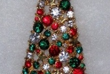 Christmas Tree Pins / by Lois Williams Bunch